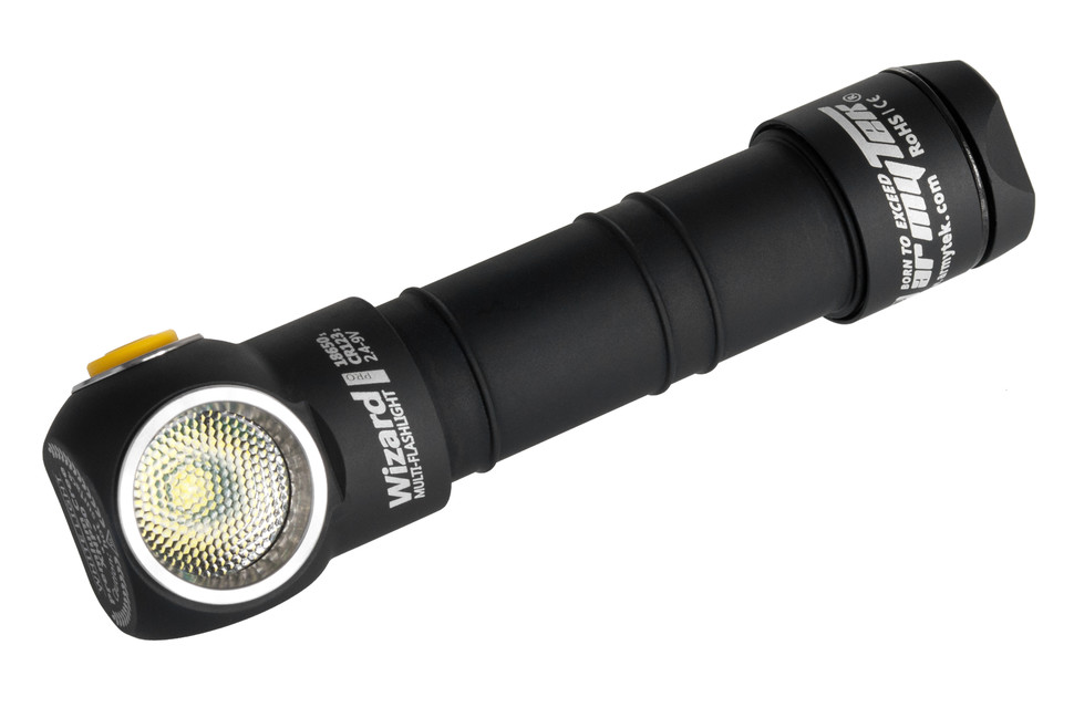 LED čelovka Armytek Wizard Pro v3 XHP50 Magnet USB + 18650 Li-Ion warm