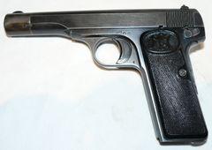 Znehodnotená pištoľ Fn kal. 9 Browning 1922