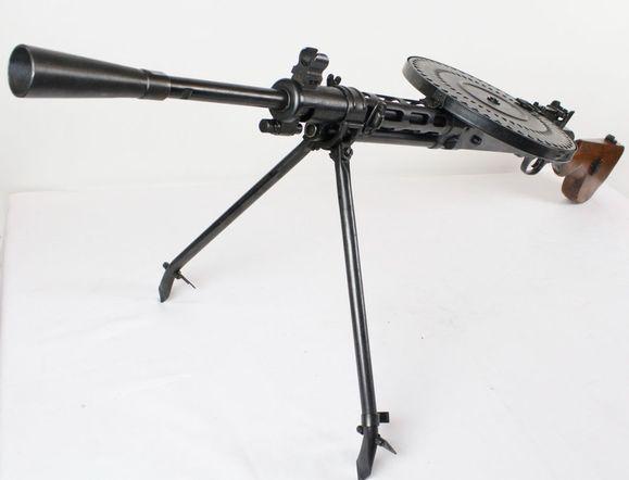 Znehodnotený guľomet DP-28 kal. 7,62x54 R